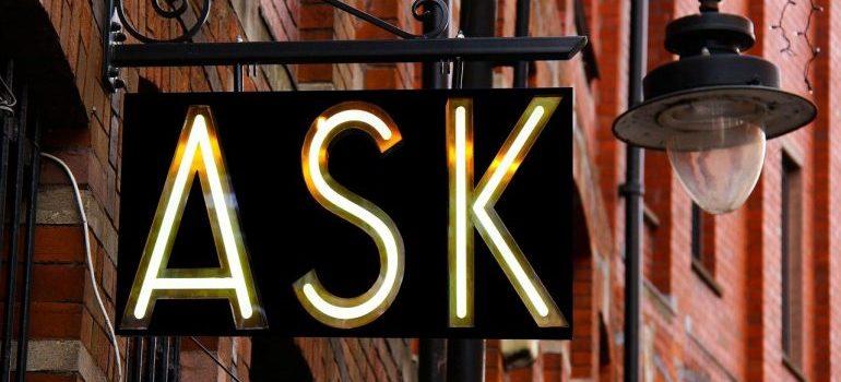 An ask sign.