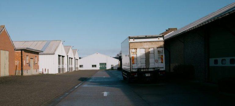 truck-at-warehouse