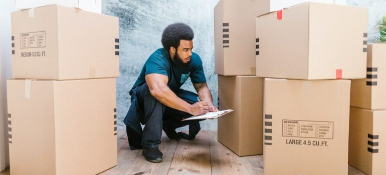 Professional movers helping you while Renovating your Marrero home.