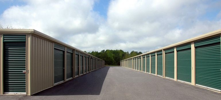 tips on how to find secured storage units in West Monroe